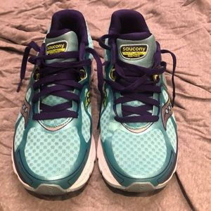 Saucony kinvara 6 sneakers - size 8.5
